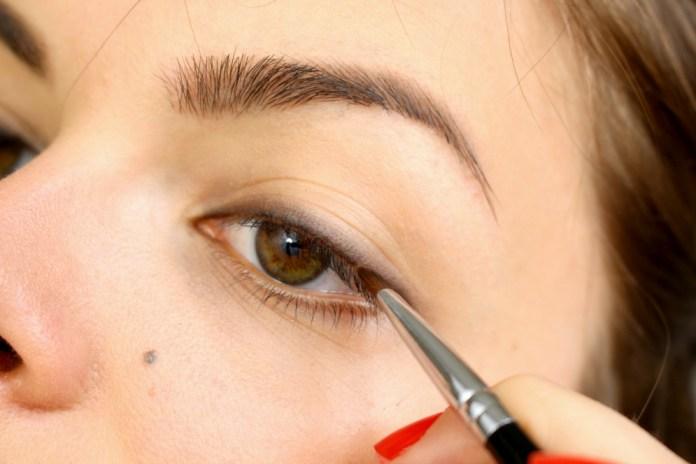 cliomakeup-come-truccare-occhi-tips-tricks-trucchetti (10)