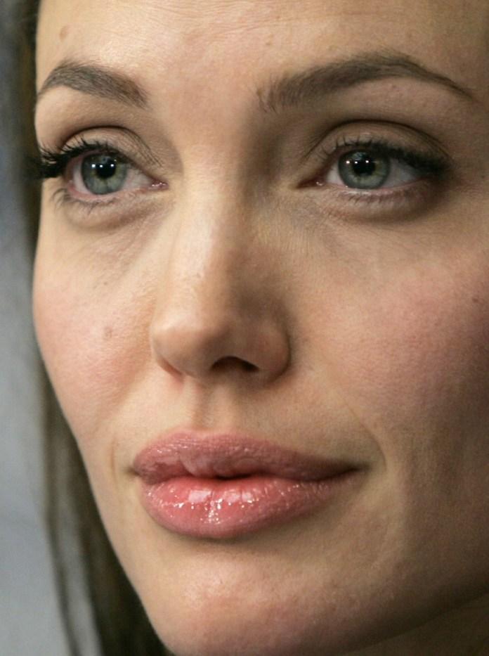 cliomakeup-angelina-jolie-skincare-rhonda-rand-dermatologa-5