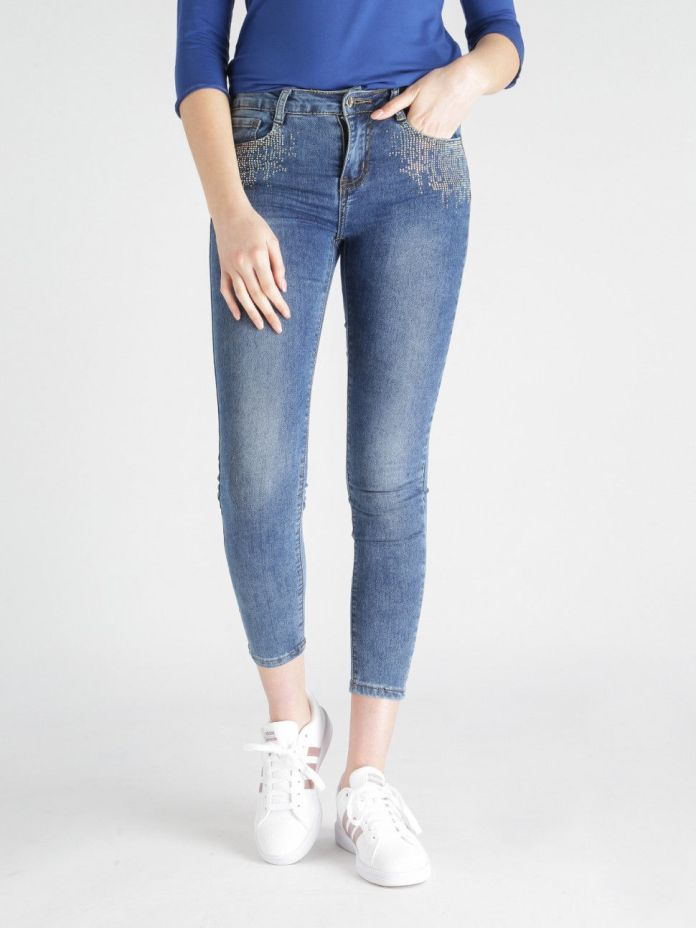 cliomakeup-jeans-decorati-pizzo-toppe-ricami (12)