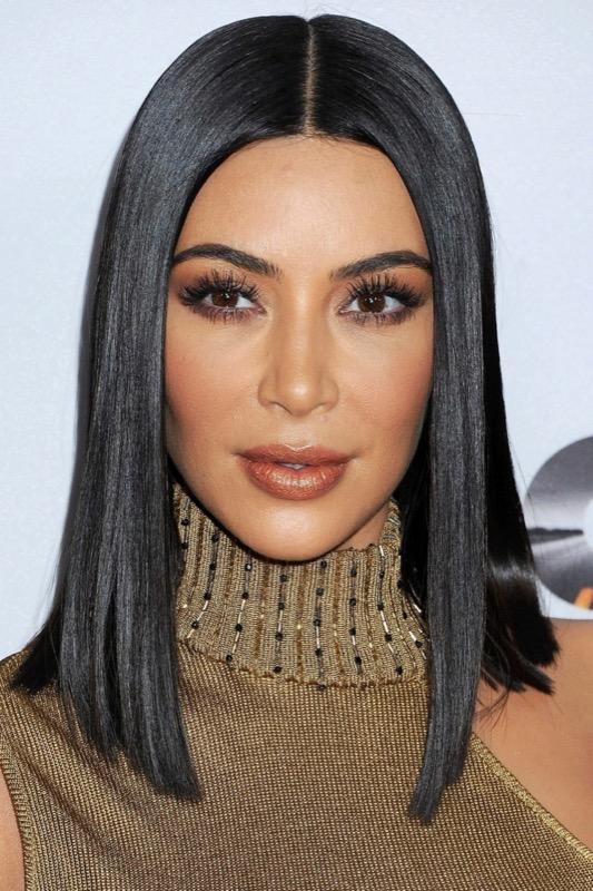 ClioMakeUp-tagli-corti-capelli-6-kim-kardashian.jpg