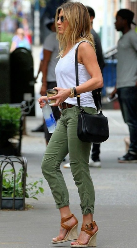 ClioMakeUp-trend-verde-militare-outfit-accessori-moda-look-2