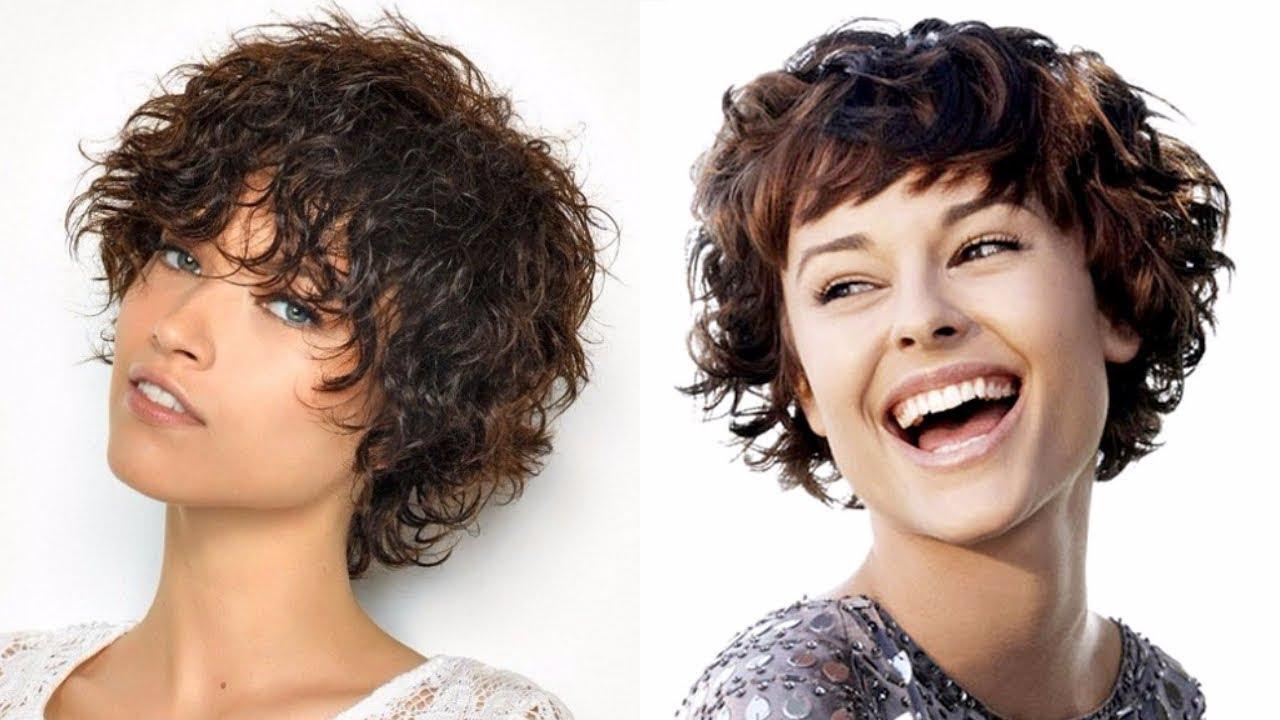 Tagli di capelli corti ricci 2019