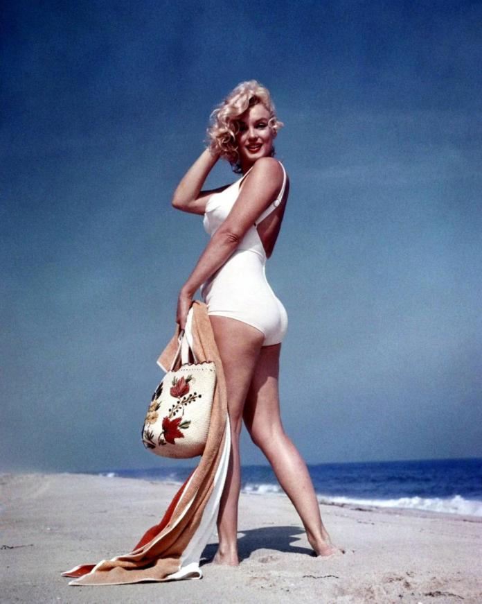 cliomakeup-bon-ton-sensuale-da-spiaggia-4-marilyn-monroe