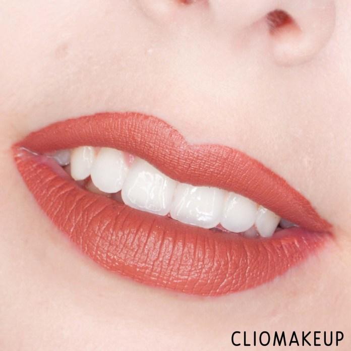 cliomakeup-recensione-balsamo-labbra-equilibra-karitè-stick-labbra-15