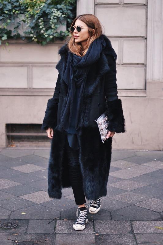 cliomakeup-come-indossare-stola-1-look-total-black