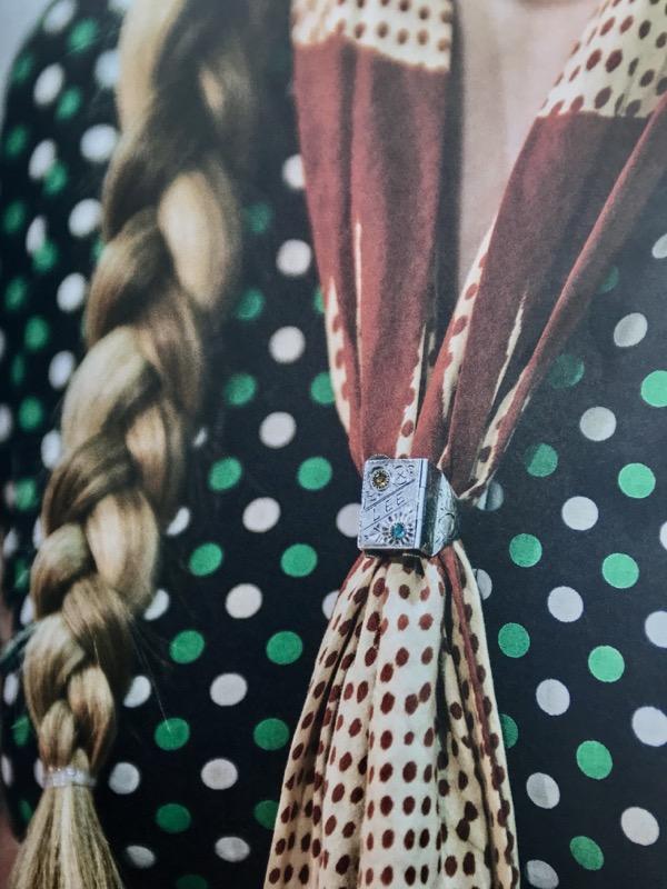 cliomakeup-come-indossare-stola-9-anello