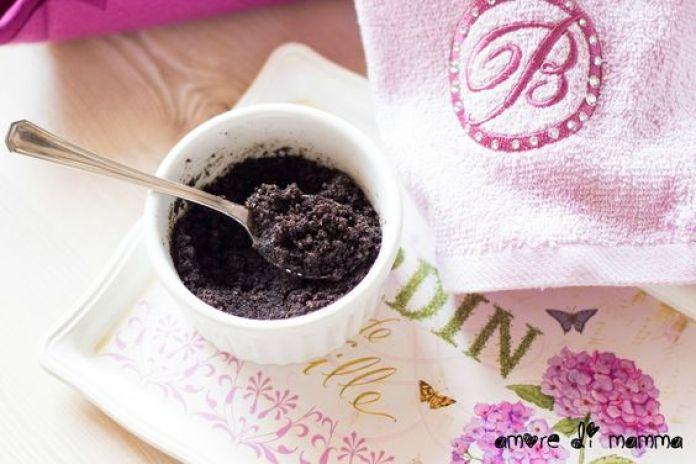cliomakeup-usi-beauyt-caffè-scrub-anti-cellulite-fai-da-te