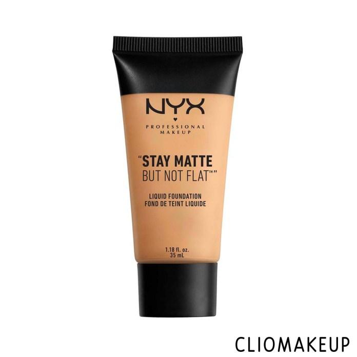 cliomakeup-recensione-fondotinta-nyx-stay-matte-but-not-flat-liquid-foundation-1