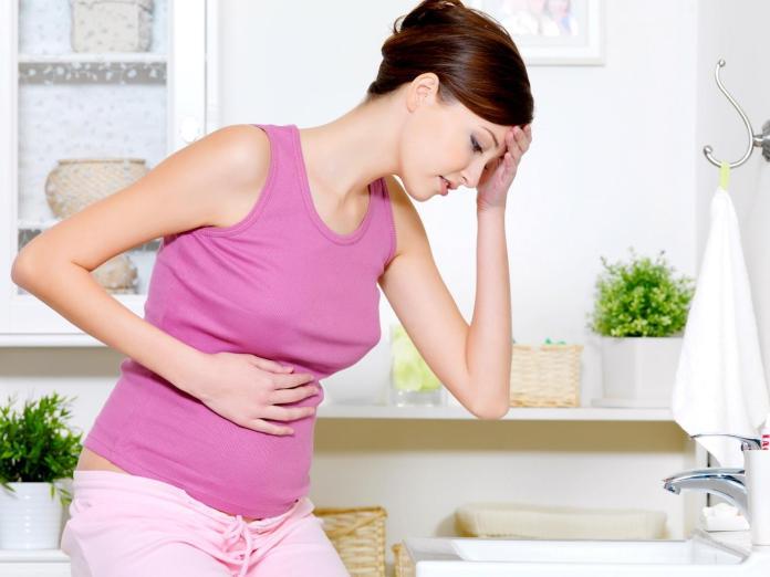 cliomakeup-disturbi-gravidanza-nausea-vomito-1
