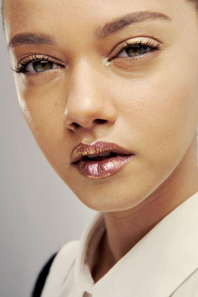 cliomakeup-trucco-capelli-corti-13-metal-lips