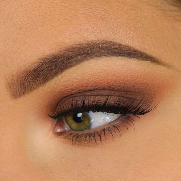 cliomakeup-trucco-capelli-corti-15-smokey-eyes-marrone