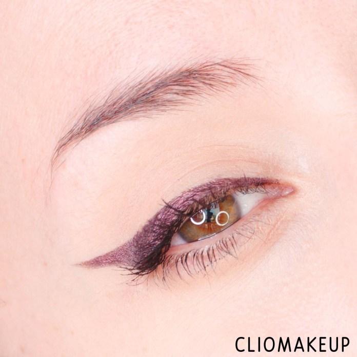 cliomakeup-recensione-eyeliner-essence-melted-chrome-eyeliner-14