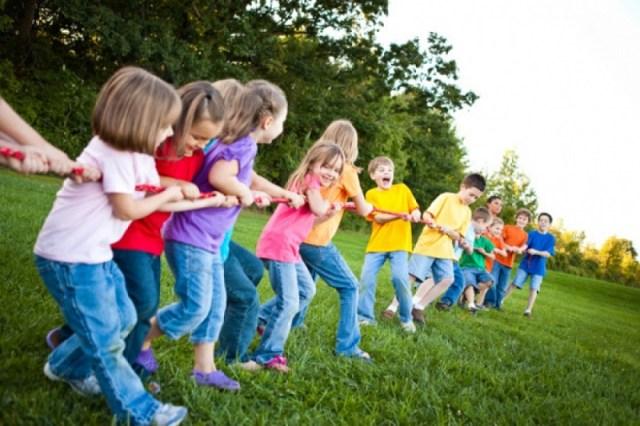 cliomakeup-alimentazione-bambini-giocare-8