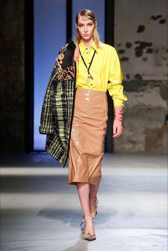 ClioMakeUp-fashion-vinile-trend-consigli-come-indossarlo-must-have-1