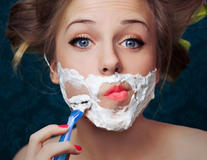 ClioMakeUp-peluria-viso-donne-1-radersi