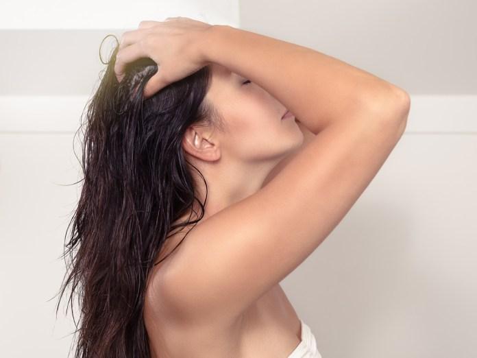 cliomakeup-creme-corpo-preferite-team-14-massaggio-cuoio-capelluto