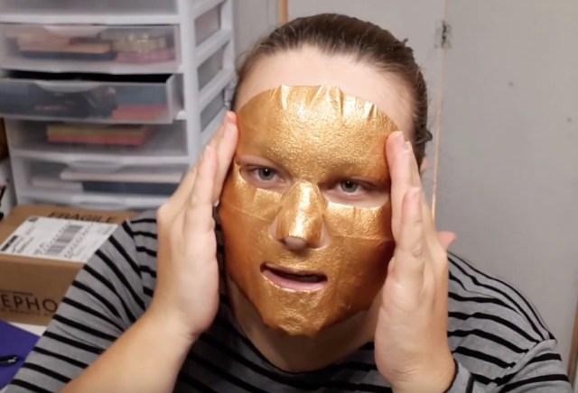 18-applicazione-maschera-oro