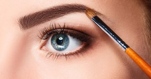 cliomakeup-trucco-occhi-piccoli-1-sopracciglia