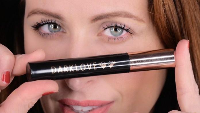 cliomakeup-trucco-occhi-incappucciati-12-darklove-mascara