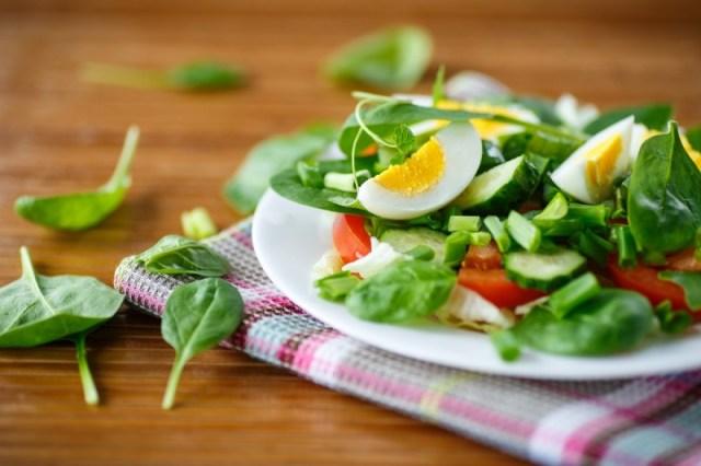 cliomakeup-dieta-scrivania-insalata-uova-11