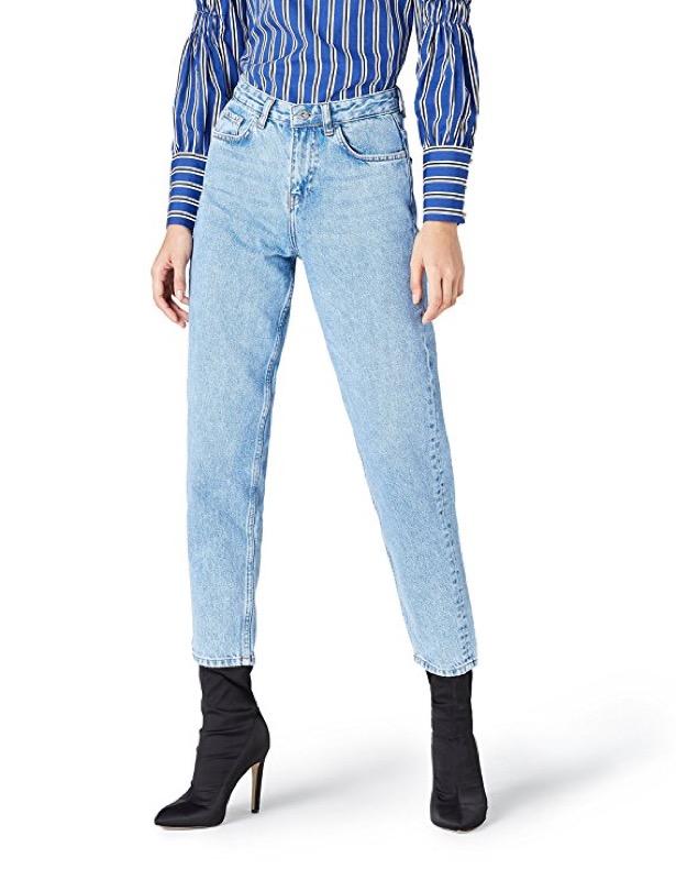 ClioMakeUp-look-kylie-jenner-2018-37-pantaloni-vita-alta-amazon-find.jpg