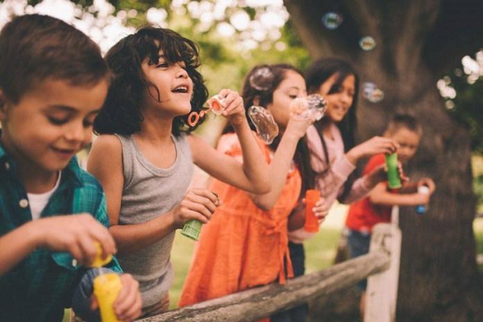 cliomakeup-diabete-infantile-17-bambini-giocano