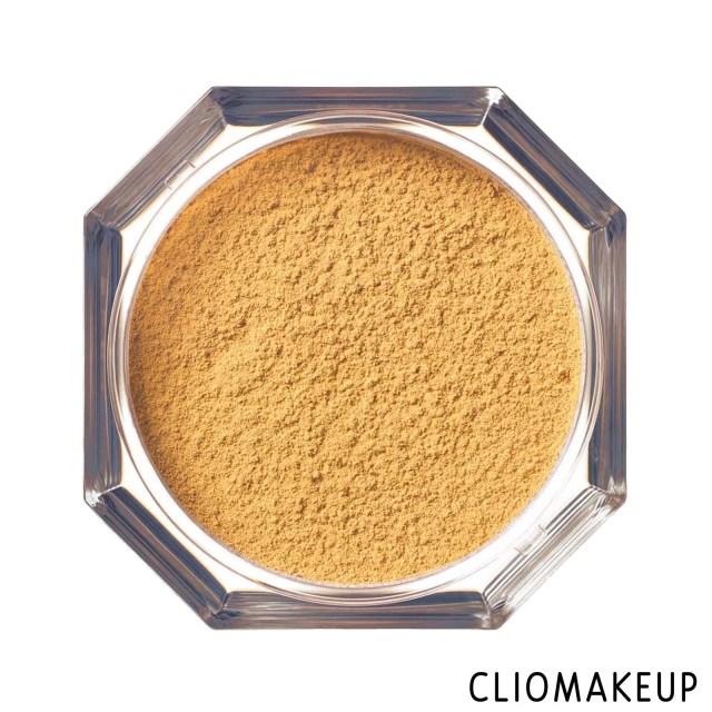 cliomakeup-recensione-cipria-fenty-beauty-pro-filt'r-instant-retouch-setting-powder-1