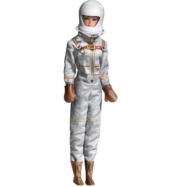cliomakeup-barbie-60-anni-9-barbie-astronauta
