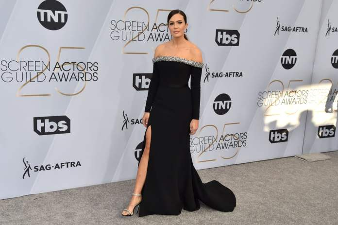 cliomakeup-sag-awards-2019-5-mandy-moore