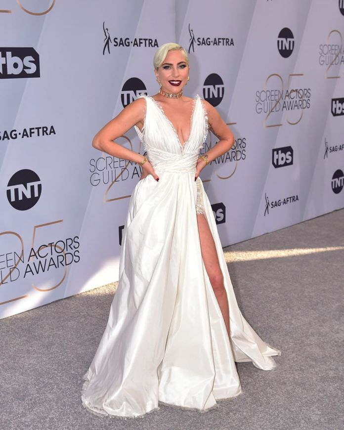 cliomakeup-sag-awards-2019-16-lady-gaga