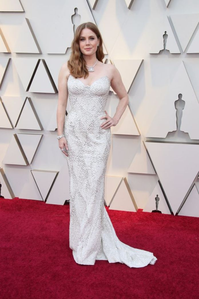 cliomakeup-look-oscar-2019-1-amy-adams