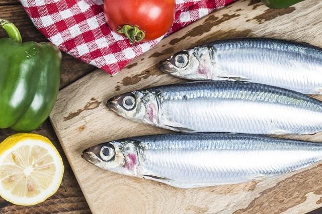 cliomakeup-alimenti-donne-14-pesce-azzurro