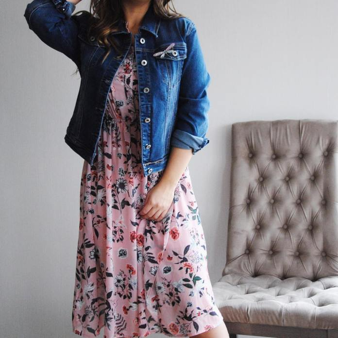 cliomakeup-vestiti-floreali-abbinamenti-10-look-casual