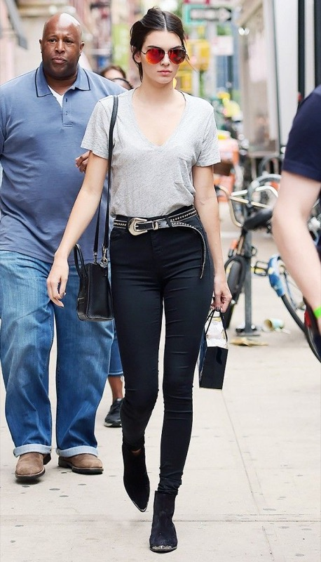 cliomakeup-jeans-neri-sbiaditi-18-kendall-jenner