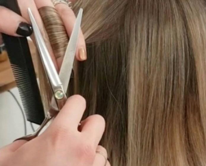 cliomakeup-eliminare-doppie-punte-4-hair-dusting