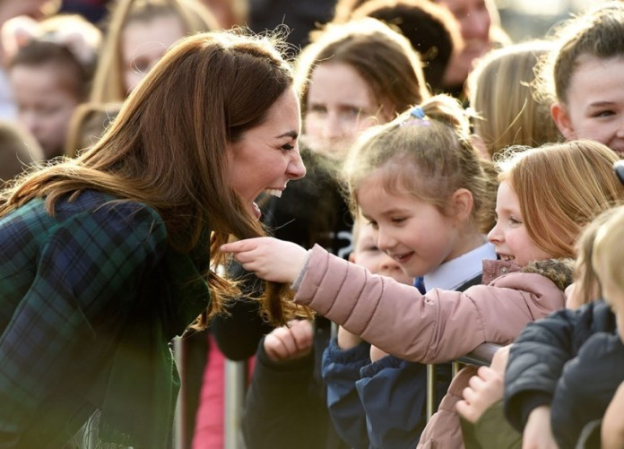 cliomakeup-capelli-star-2-Kate-Middleton-bambina.jpg