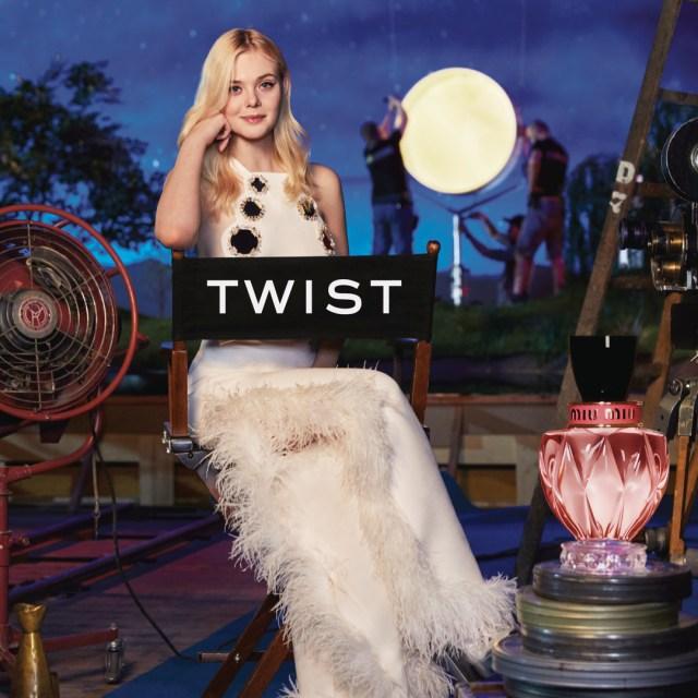cliomakeup-testimonial-beauty-2019-11-elle-fanning-miu-miu-twist