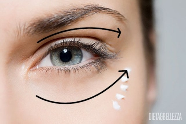 cliomakeup-applicare-prodotti-viso-13-linee-contorno-occhi