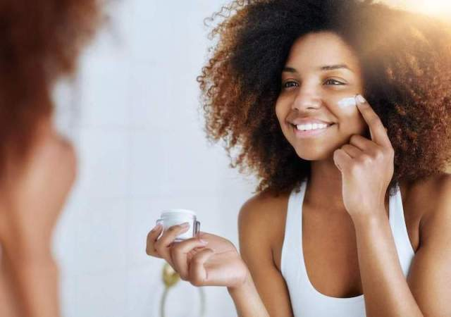 cliomakeup-applicare-prodotti-viso-17-crema-viso