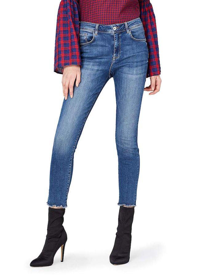 ClioMakeUp-indossare-jeans-11-pantaloni-vita-alta.jpg