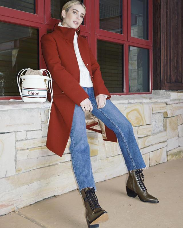 Cliomakeup-copiare -look-emma-roberts-2-jeans-cappotto