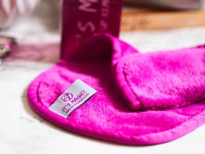 Cliomakeup-come-utilizzare-panno-struccante-9-w7-its-magic-makeup-remover-cloth