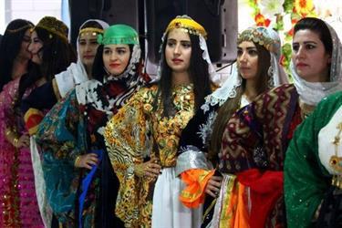أخبار 24 | قرية للنساء فقط بسوريا تسمح للرجال بالزيارة دون ...