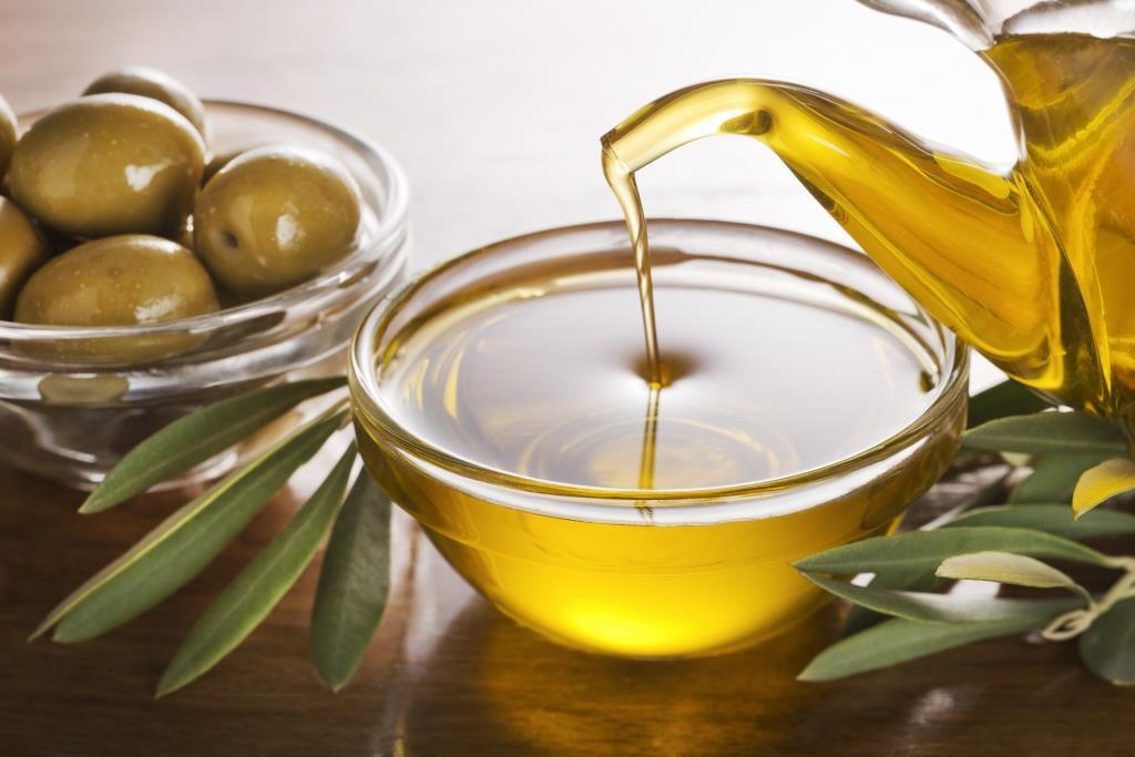 Ahorra en belleza utilizando aceite de oliva