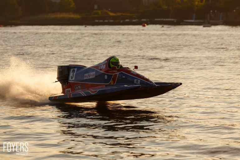speed boats oulton broad-3675-copyright-Robert Foyers
