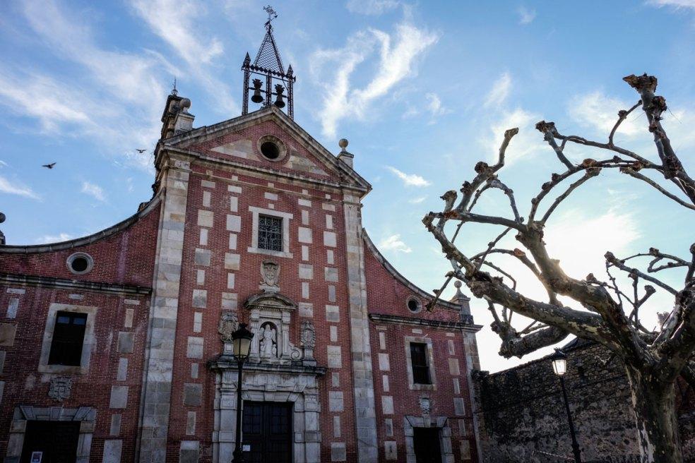 Fachada de la Iglesia de San Juan Bautista.