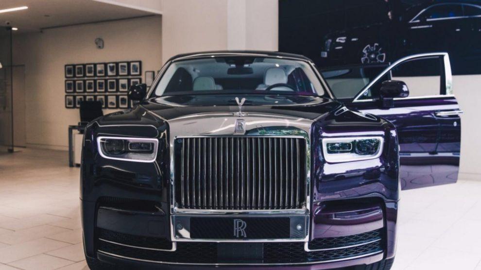 Rolls Royce Phantom 2020 سيارة فخمة جدا لعشاق الهدوء Youtube