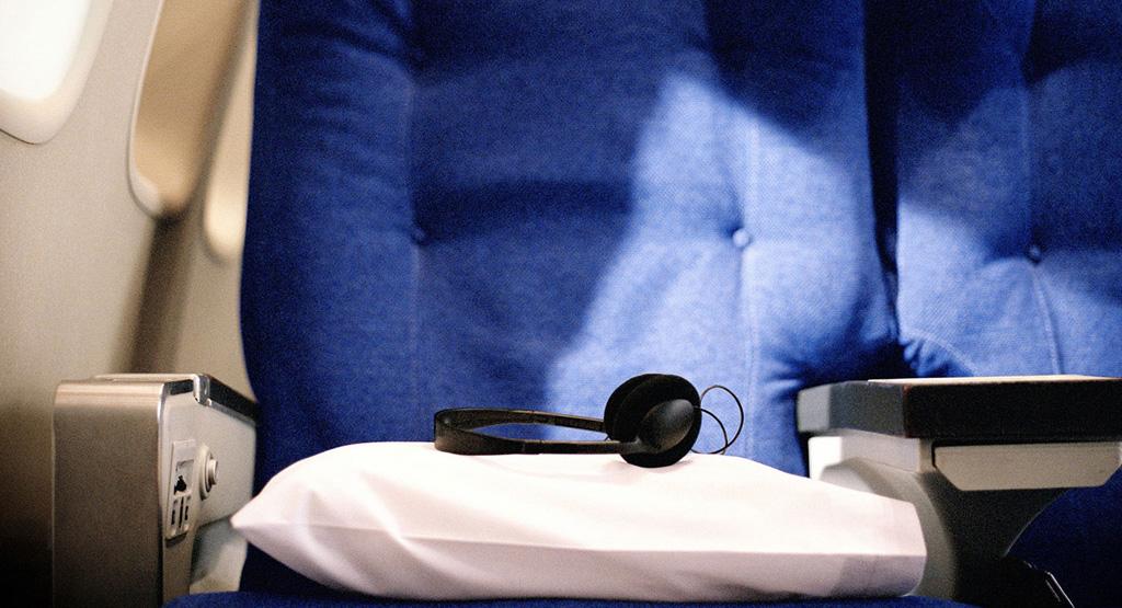 Фото: Приносите в самолет свои наушники