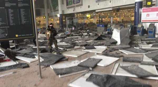 Explosions à l'aéroport de Bruxelles : 30 morts et plus de 200 blessés