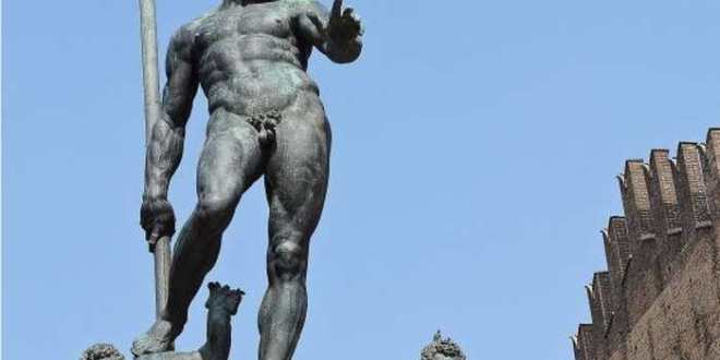 Quand Facebook censure une photo de la statue du Dieu Neptune